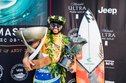 OAHU, UNITED STATES - DECEMBER 19: Italo Ferreira of Brazil winning his maiden WSL World Title and his maiden 2019 Billabong Pipe Masters after winning the final at Pipeline on December 19, 2019 in Oahu, United States. (Photo by Kelly Cestari/WSL via Getty Images)